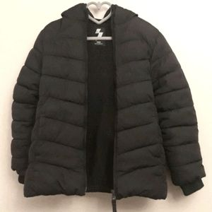 Childrens Place Girls 5 Black Sport Insulated Coat